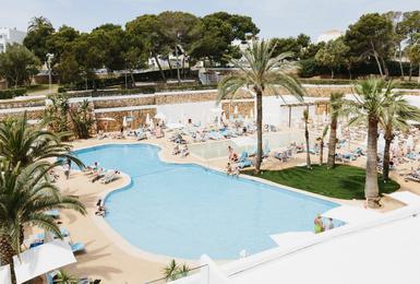 Piscina Hotel AluaSoul Mallorca Resort (Només Adults) Cala d'Or, Mallorca